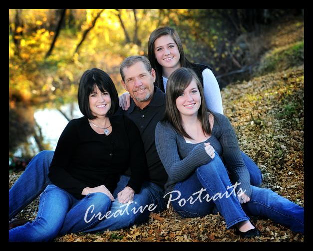 Backyard Family Portrait Ideas : Outdoor+Family+Portrait+Posing+Ideas Redding Creative Portraits